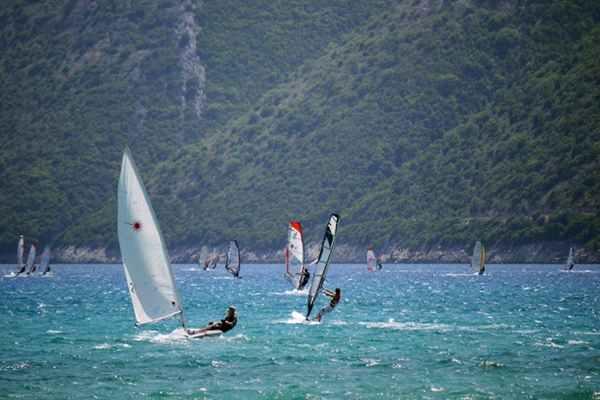 Windsurfing - emocje na wodzie