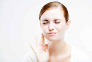 Odsłonięte szyjki zębowe – przyczyny, objawy, leczenie